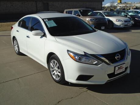 2016 Nissan Altima 2.5 S Colby KS