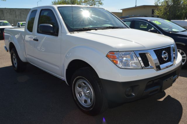 2016 Nissan Frontier S King Cab I4 5MT 2WD Houston TX