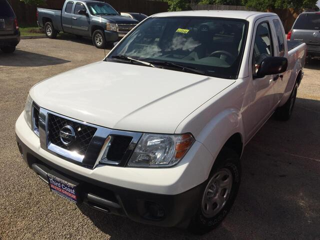 2016 Nissan Frontier SV King Cab I4 5MT 2WD Austin TX