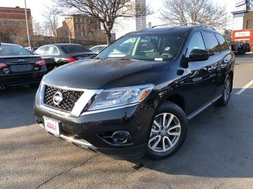 2016_Nissan_Pathfinder_S_ Worcester MA