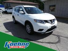 2016_Nissan_Rogue_FWD 4dr S_ Green Bay WI