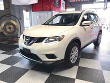 2016_Nissan_Rogue_S AWD 4dr Crossover_ Chesterfield MI