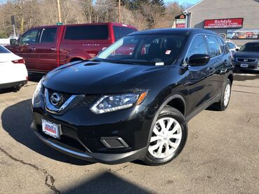 2016_Nissan_Rogue_S_ Worcester MA