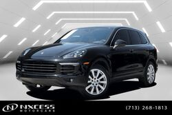 Porsche Cayenne AWD Leather Roof One Owner Extra Clean! 2016