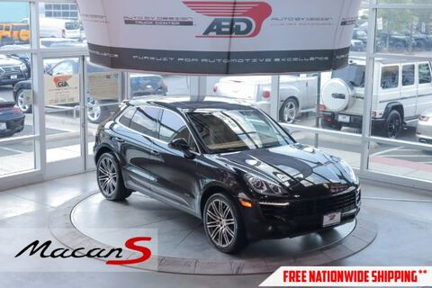 2016_Porsche_Macan_S_ Chantilly VA