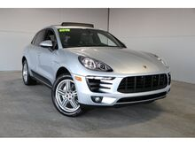 2016_Porsche_Macan_S_ Kansas City KS