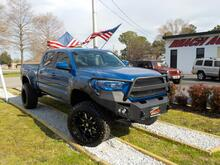 2016_TOYOTA_TACOMA_SR5 DOUBLE CAB 4X4, WARRANTY, LIFTED, TOW PKG, BACKUP CAM, PARKING SENSORS, BED LINER, BLUETOOTH!!!!_ Norfolk VA