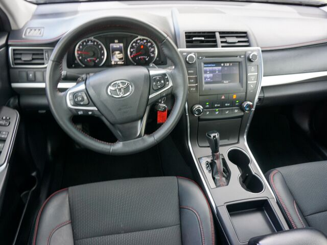 2016 Toyota Camry 4DR SDN I4 AUTO SE Mount Hope WV