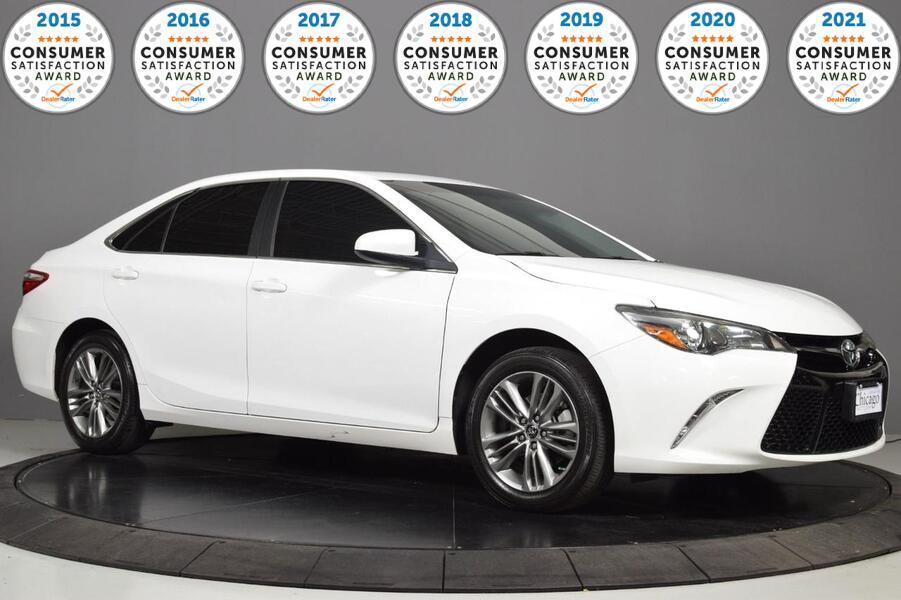 2016_Toyota_Camry_SE_ Glendale Heights IL