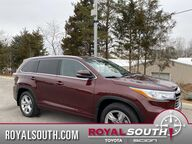 2016 Toyota Highlander Limited Platinum w/Tech Bloomington IN