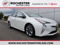 2016 Toyota Prius Four Touring FWD Navigation Backup Cam Bluetooth USB AUX Rochester MN