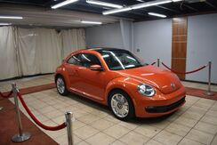2016_Volkswagen_Beetle_1.8T PZEV 6A w/ Sunroof_ Charlotte NC