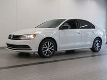 2016_Volkswagen_Jetta_1.4T SE_ Kansas City KS