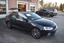 2016_Volkswagen_Jetta_SPORT WITH NAVIGATION AND SUN ROOF_ Charlotte NC