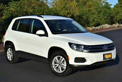 2016_Volkswagen_Tiguan_S AWD_ Easton PA