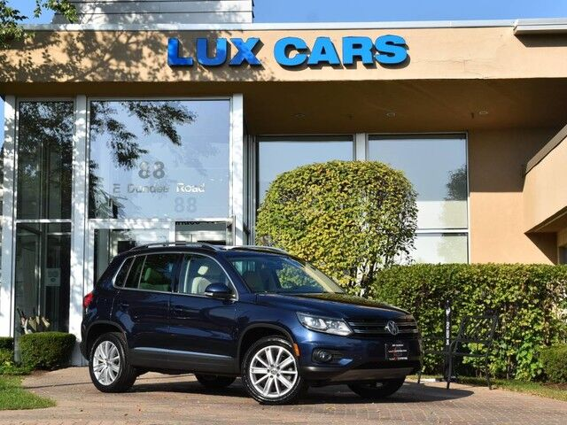 2016_Volkswagen_Tiguan_SE Panoroof Nav Leather AWD_ Buffalo Grove IL