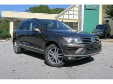 2016_Volkswagen_Touareg_Executive_ Mills River NC