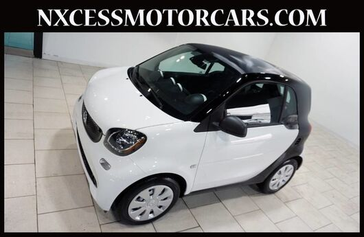 2016 smart fortwo Pure AUTOMATIC LOW MILES 1-OWNER CLEAN CARFAX. Houston TX