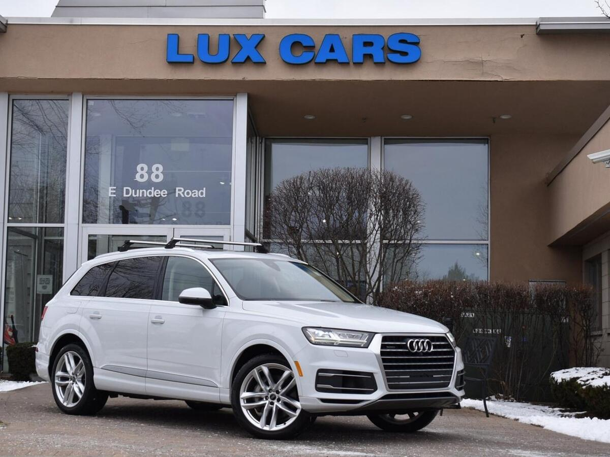 2017_Audi_Q7_Prestige Panoroof Nav AWD MSRP $68,180_ Buffalo Grove IL