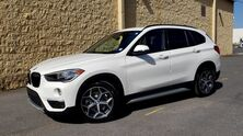 BMW X1 sDrive28i / FWD / SUNROOF / CAMERA 2017