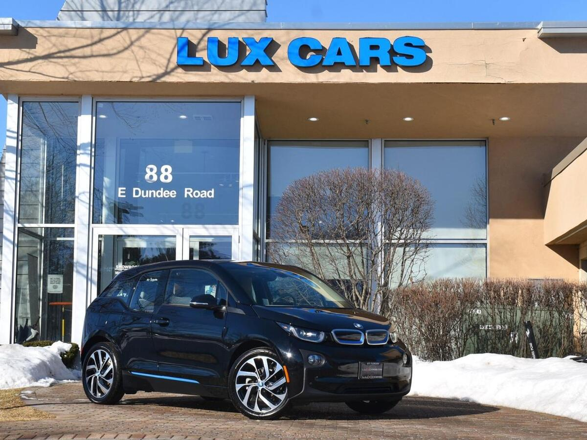 2017_BMW_i3_Giga World Tech Nav MSRP $52,095_ Buffalo Grove IL