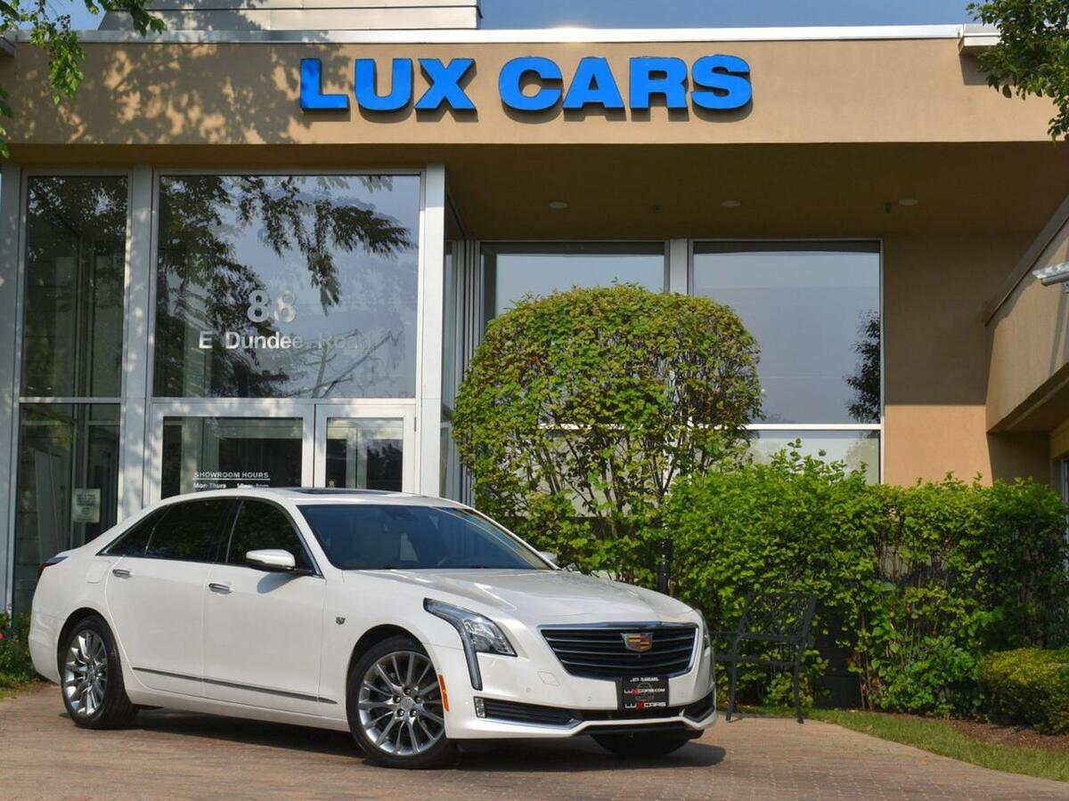 2017_Cadillac_CT6_Luxury Panoroof Nav AWD MSRP $65,375_ Buffalo Grove IL