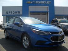 2017_Chevrolet_Cruze_LT Auto_ Milwaukee and Slinger WI