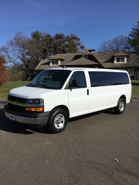 2017 Chevrolet Express Passenger LT New Canaan CT
