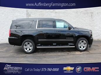 2017_Chevrolet_Suburban_LT_ Cape Girardeau