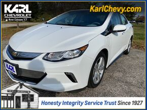 2017_Chevrolet_Volt_LT_ New Canaan CT