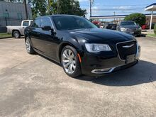 2017_Chrysler_300_Limited RWD_ Houston TX