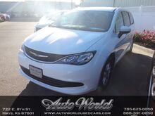 2017_Chrysler_PACIFICA TOURING__ Hays KS