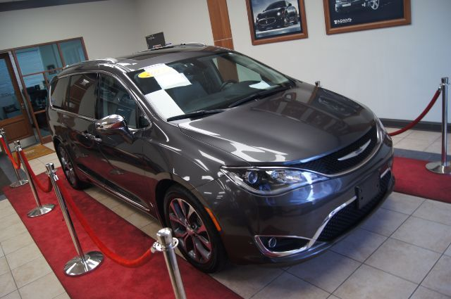 2017 Chrysler Pacifica Limited Charlotte NC