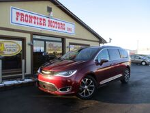 2017_Chrysler_Pacifica_Limited_ Middletown OH