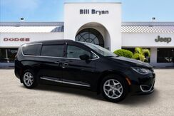 2017_Chrysler_Pacifica_TOURING L_ Leesburg FL