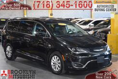 2017_Chrysler_Pacifica_Touring L_ Brooklyn NY
