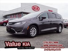 2017_Chrysler_Pacifica_Touring L_ Philadelphia PA