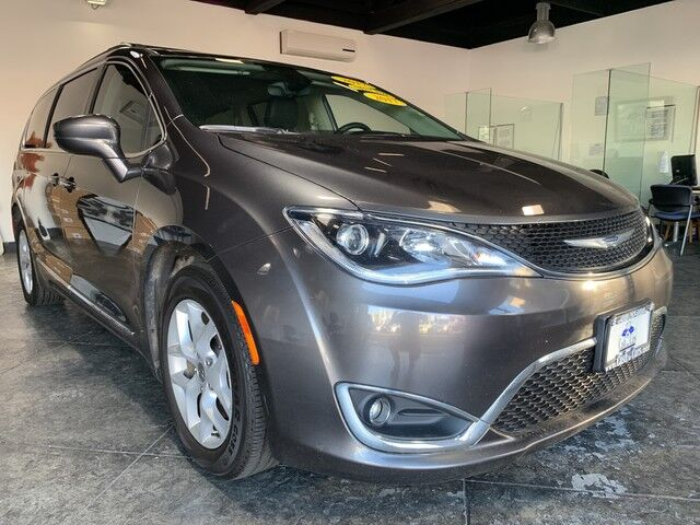2017 Chrysler Pacifica Touring-L San Jose CA