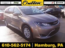2017_Chrysler_Pacifica_Touring-L_ Hamburg PA