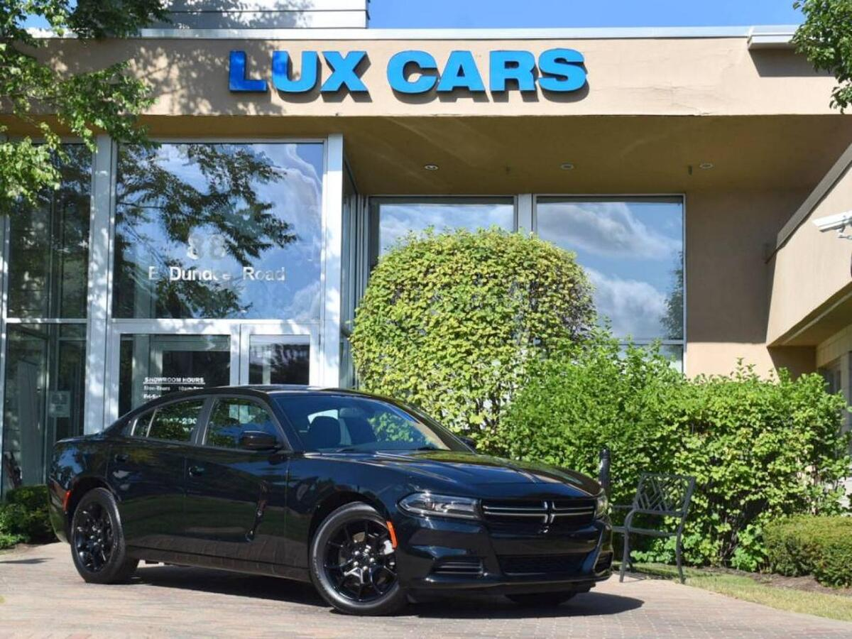 2017_Dodge_Charger_SE AWD_ Buffalo Grove IL