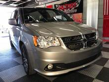 2017_Dodge_Grand Caravan_SXT 4dr Mini Van_ Chesterfield MI