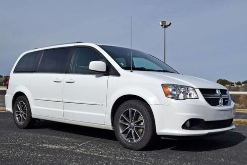 2017_Dodge_Grand Caravan_SXT_ Fort Worth TX