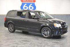 2017_Dodge_Grand Caravan_SXT 'LEATHER LOADED!' ONLY 26,044 MILES!! CAPTAIN CHAIRS!! 25 MPG!! 5 YEAR/100K WARRANTY!_ Norman OK