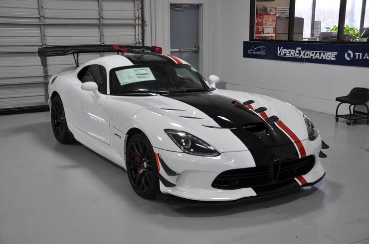 2017 dodge viper acr extreme tx 14927130. Black Bedroom Furniture Sets. Home Design Ideas