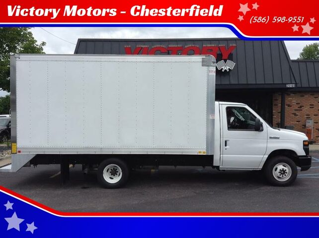 2017 Ford E-Series Chassis E 350 SD 2dr 176 in. WB DRW Cutaway Chassis Chesterfield MI