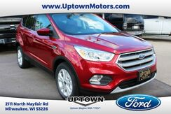 2017_Ford_Escape_SE 4WD_ Milwaukee and Slinger WI