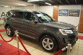 2017 Ford Explorer Certified 84mo 100k m XLT 4WD