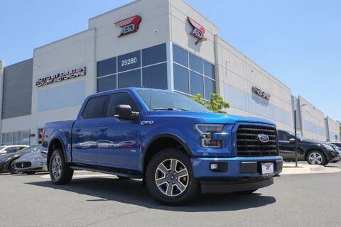 2017_Ford_F-150_XLT SuperCrew 5.5-ft. Bed 4WD_ Chantilly VA