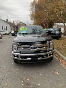 2017_Ford_F-250 SD_Lariat Crew Cab 4WD,Navigation,Sunroof,bed cover_ Charlotte NC