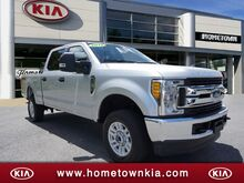 2017_Ford_F-250 Super Duty_XLT 4WD CREW CAB 6.75 BO_ Mount Hope WV